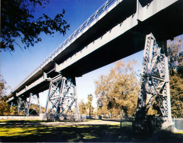 Santa Fe's Arroyo Seco Bridge