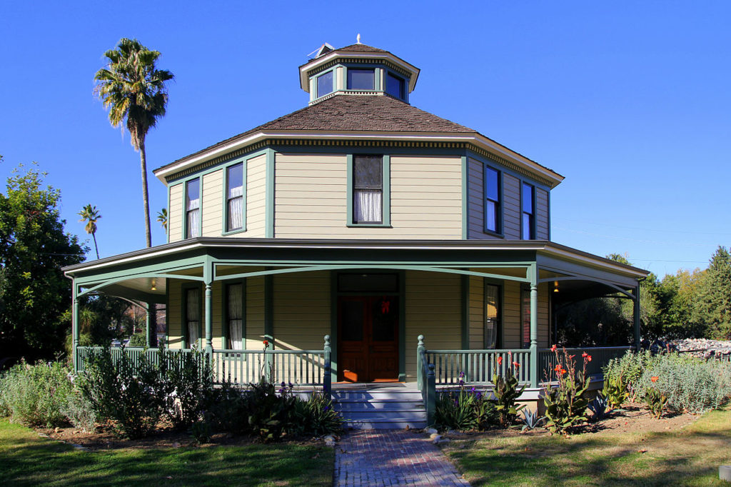 Octagon House (Heritage Square)